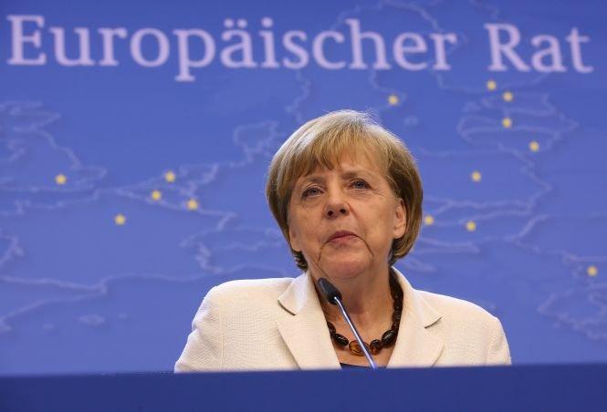 Angela Merkel nu va efectua vreo vizită în România pentru a-l susţine pe Klaus Iohannis