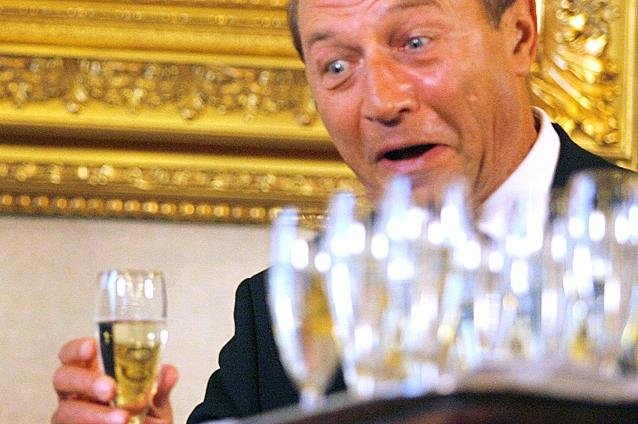 Băsescu vorbeşte despre moralitate. Ce plănuieşte să facă DUPĂ alegerile prezidenţiale