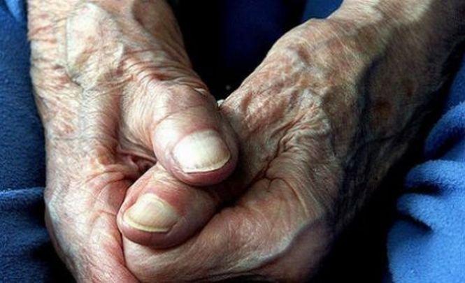 Alba: Un veteran de 103 ani şi o femeie de 100 de ani, cei mai vârstnici votanţi