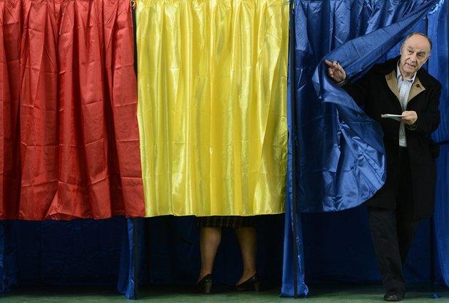 REZULTATE PARŢIALE, ora 5:00, după numărarea a 56,21% din voturi. 52,56% de români au mers să voteze