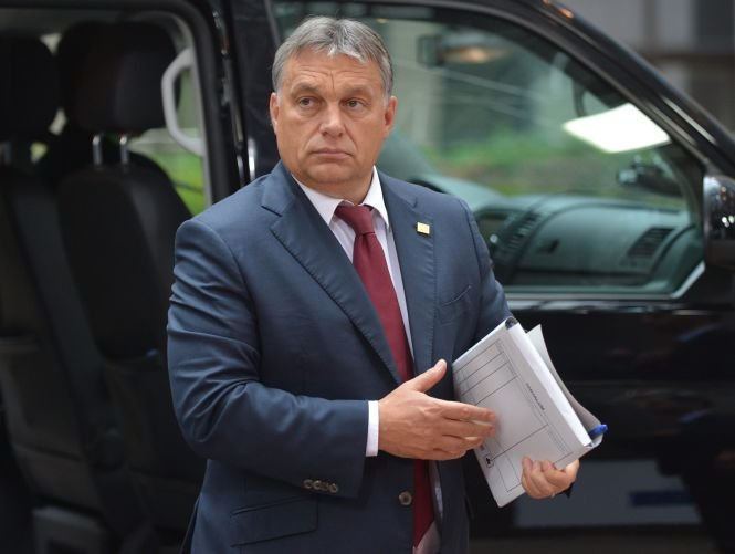 Zeci de mii de persoane au manifestat la Budapesta împotriva lui Viktor Orban