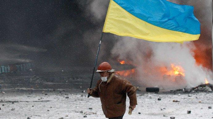 Un an de EuroMaidan: 21 de paşi care au transformat protestele paşnice în război civil