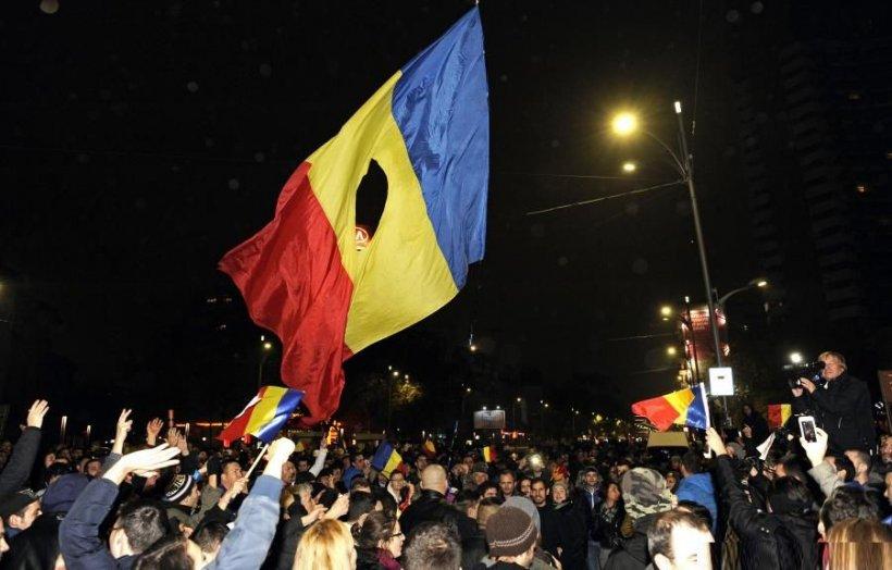 SONDAJUL care arată ce cred românii despre DIRECŢIA în care merge ţara, după prezidenţiale