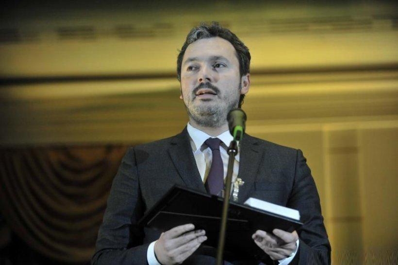 Ministrul delegat pentru Energie, Răzvan Nicolescu, şi-a anunţat demisia din Guvern