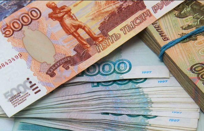 Banca Rusiei anunţă măsuri de stabilizare a sectorului financiar. Rubla s-a apreciat cu 9%