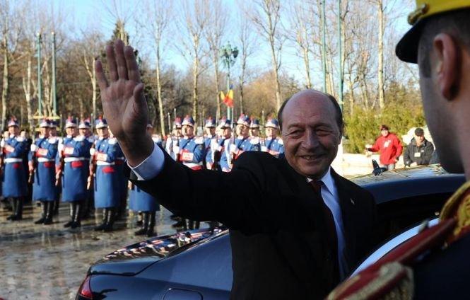 Traian Băsescu a plecat de la Palatul Cotroceni după 10 ani
