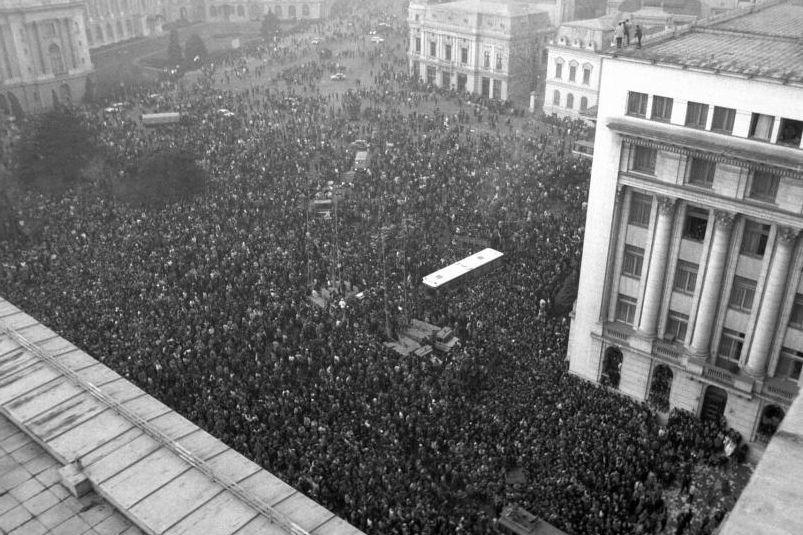DĂ VIAŢĂ EROILOR. Istoriile cutremurătoare ale Revoluţiei române