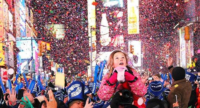 Una din cele mai mari petreceri de Revelion, aproape gata. Times Square are o nouă înfăţişare