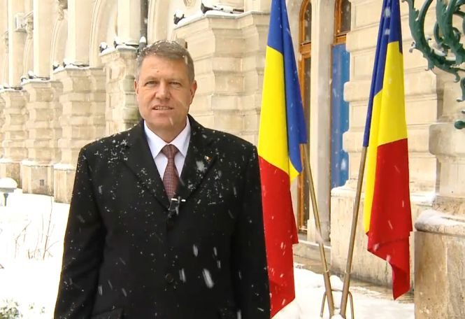 Klaus Iohannis, mesaj cu prilejul Anului Nou: Aş vrea ca 2015 să fie începutul acelei Românii a normalităţii