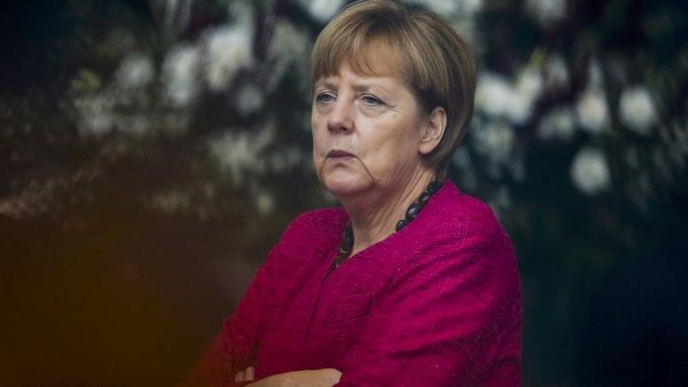 Angela Merkel, gata să lase Grecia să iasă din ZONA EURO