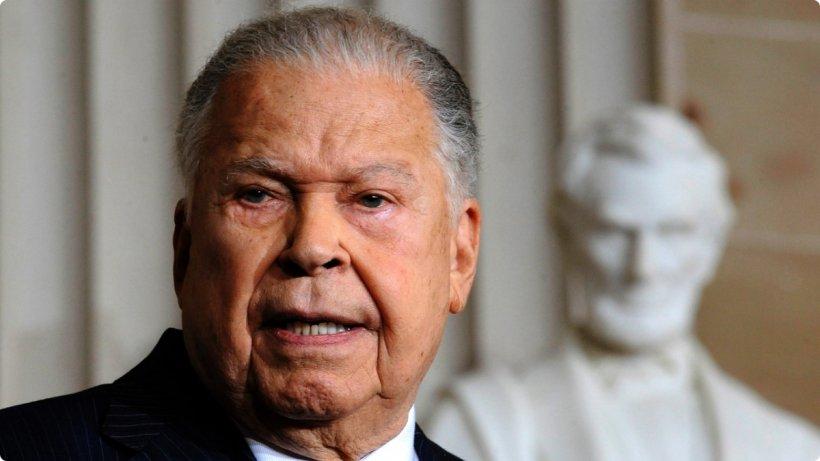 Primul senator de culoare ales în SUA a decedat la vârsta de 95 de ani