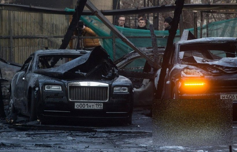 Şi bogaţii plang câteodată. Aşa arată 1 MILION de dolari făcut scrum. Incendiul a avut loc în centrul capitalei