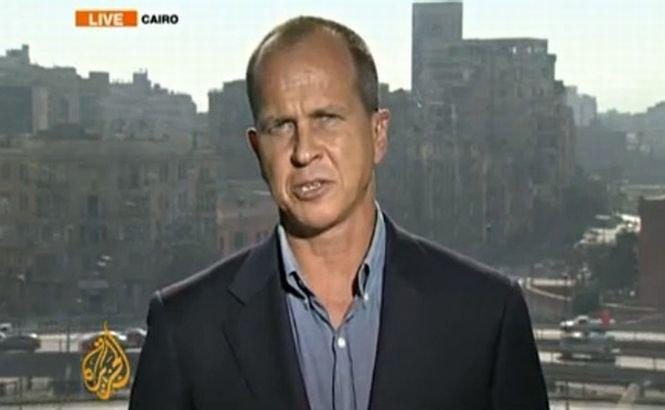 Jurnalistul Al Jazeera, închis în Egipt, a fost eliberat din penitenciar după 400 de zile