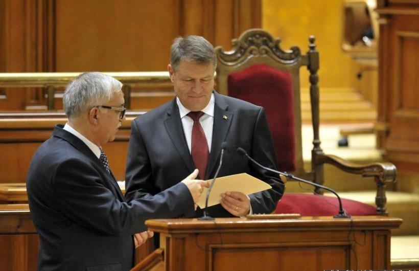 Preşedintele Iohannis s-a întâlnit cu judecătorii Curţii Constituţionale, la invitaţia lui Zegrean