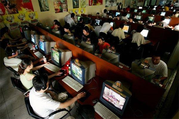 Câţi utilizatori de internet are China? De aproape 30 de ori populaţia României