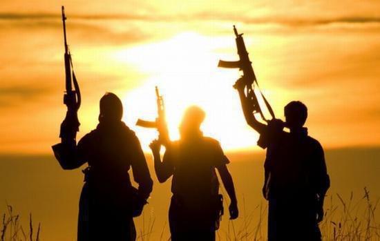 Gruparea Stat Islamic are mii de adepţi în Franţa. Toţi sunt pregătiţi să comită noi atentate