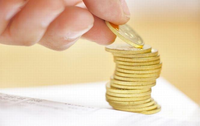 INS: Salariul mediu a crescut în decembrie. Avansul, influenţat de acordarea primelor de sărbători