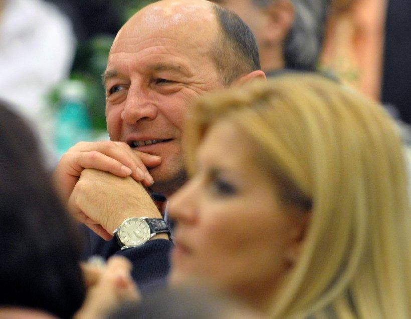 """Ce a ieşit la iveală despre legătura dintre Băsescu şi Udrea. Ce s-a întâmplat în timpul """"tăcerii"""" fostului preşedinte"""