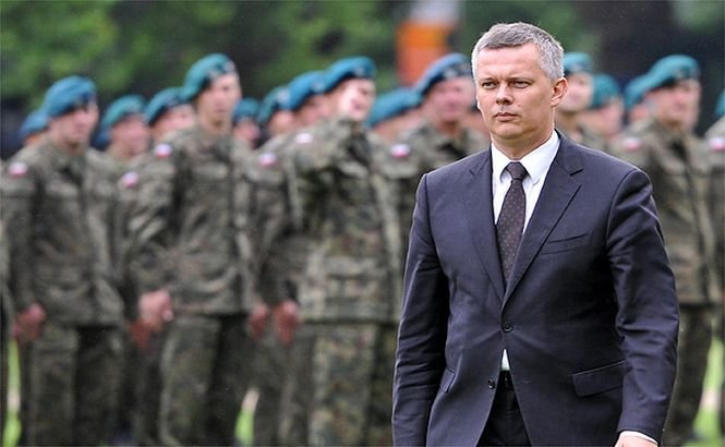 Polonia: Livrarea de arme Ucrainei ar fi ultima opţiune