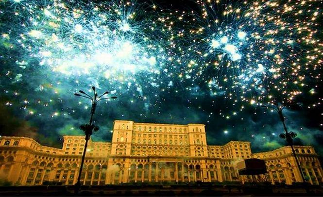 """""""Cea mai mare şi costisitoare clădire administrativă din lume"""". Palatul Parlamentului, într-un top al """"minunilor"""" arhitecturale necunoscute"""