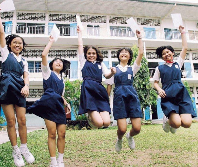 Test de virginitate pentru liceenele din Indonezia care doresc să devină absolvente