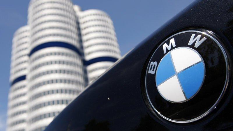 BMW pierde teren în faţa Audi şi Mercedes