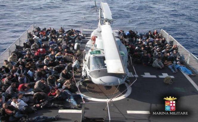 """Matteo Renzi: """"Marea Mediterană riscă să devină un IMENS CIMITIR"""""""