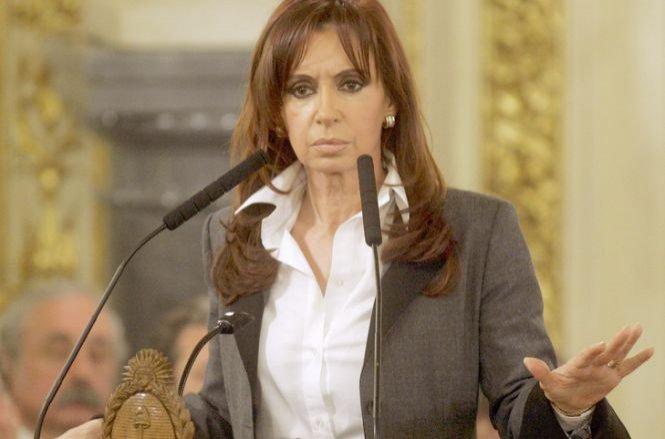 Preşedintele Argentinei, inculpat pentru acoperirea unui atentat antievreiesc