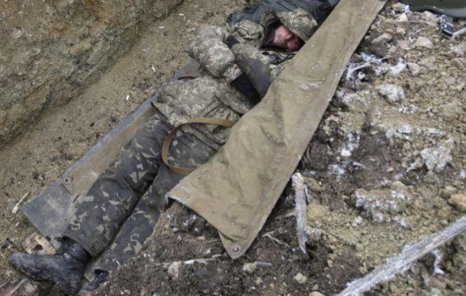 Armistiţiu doar pe hârtie. Alţi cinci militari au fost ucişi în Ucraina