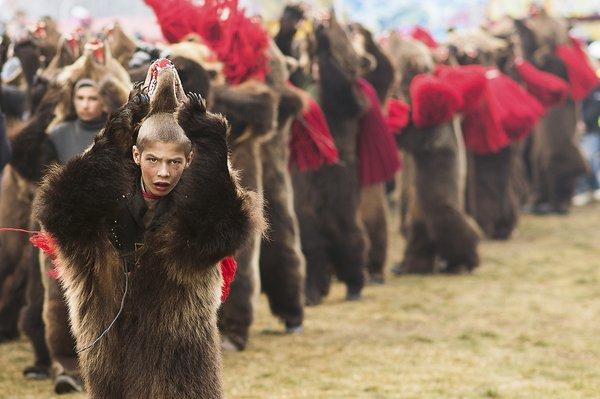 Aceasta este fotografia care i-a adus unei ROMÂNCE premiul cel mare de la National Geographic