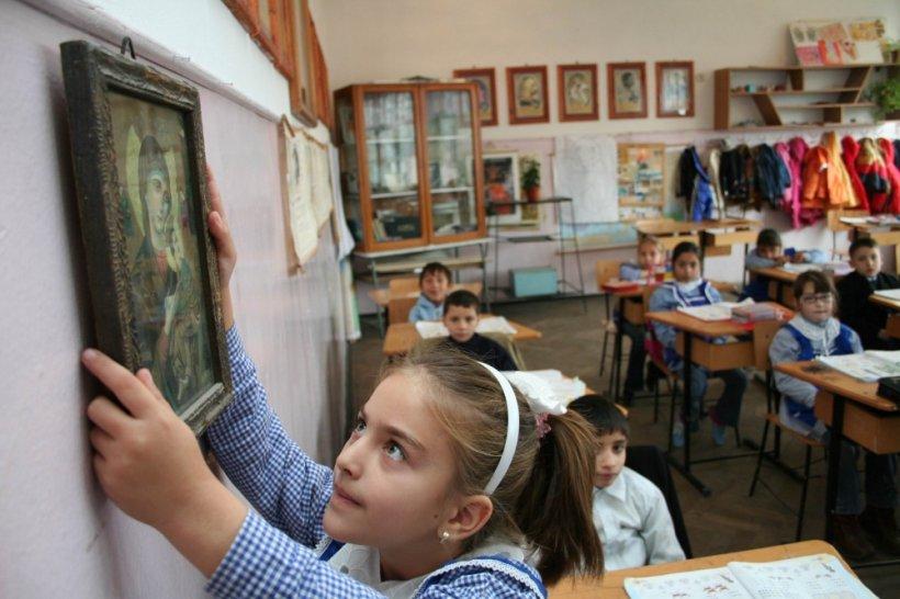 Schimbarea făcută de Ministerul Educaţiei la mijlocul anului şcolar. Ce trebuie să facă acum părinţii elevilor