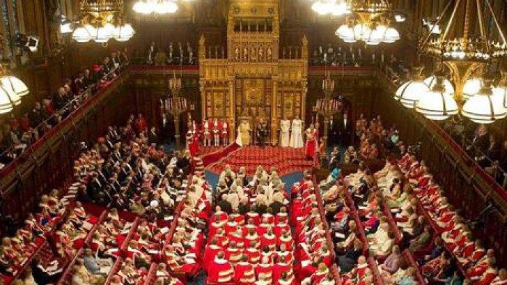 """Parlamentul britanic ACUZĂ: Londra şi Bruxellesul au intrat ca """"somnambulii"""" în criza din Ucraina"""