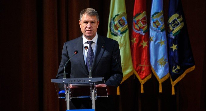 Klaus Iohannis face o vizită în R. Moldova, la o săptămână după numirea noului Guvern de la Chişinău