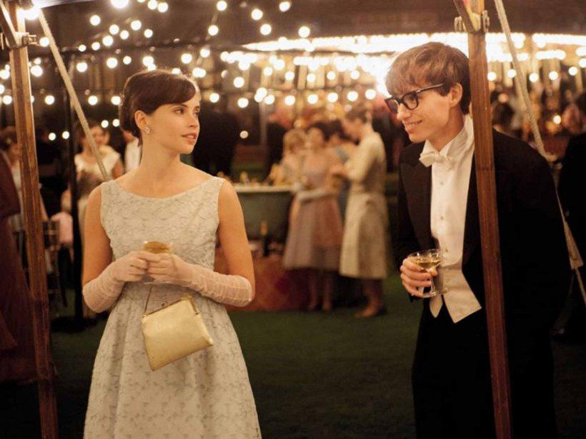 """Mesajul lui Stephen Hawking pentru Eddie Redmayne, actorul care a câştigat Oscarul cu rolul său din """"The Theory of Everything"""""""