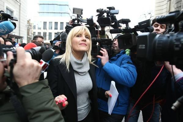 """Ce se întâmpla la DNA în timp ce Elena Udrea încerca să-şi emoţioneze colegii parlamentari: """"Nu m-am aşteptat la asta"""""""
