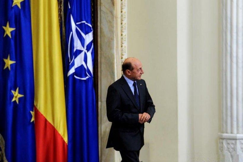 """Băsescu nu exclude posibilitatea ca în campania din 2009 să se fi folosit """"bani dubioşi"""" şi cere schimbarea legii de finanţare a partidelor"""