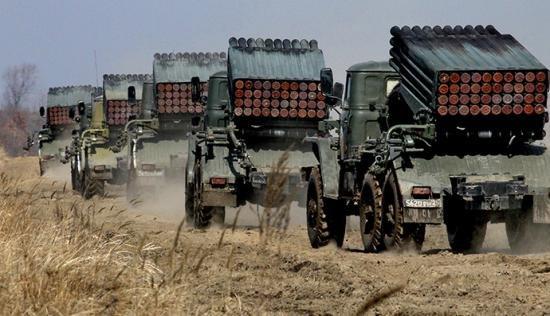 Marea Britanie exclude posibilitatea de a trimite trupe combatante în Ucraina