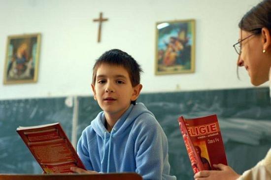 Ministrul Educaţiei: Profesorii de religie care şi-ar putea pierde orele vor căuta dreptate în justiţie