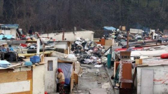 Tabără de nomazi demolată în Italia. 60 de români evacuaţi