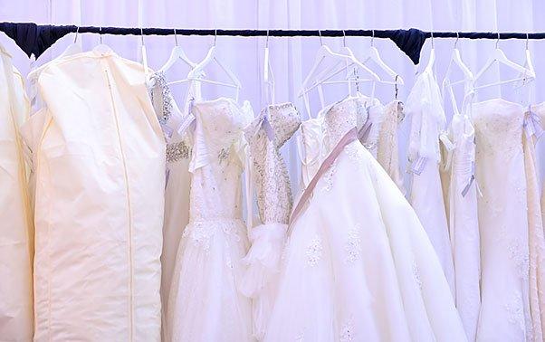 Aceasta este cea mai scumpă rochie de mireasă. Preţul, depăşeşte cu mult imaginaţia şi bugetul unui om de rând