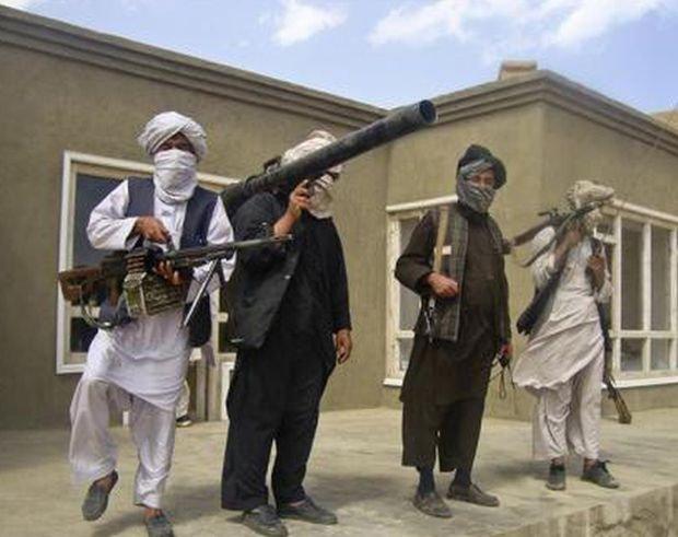 Doi talibani acuzaţi că au ucis zece alpinişti străini. Aceştia au evadat dintr-o închisoare pakistaneză