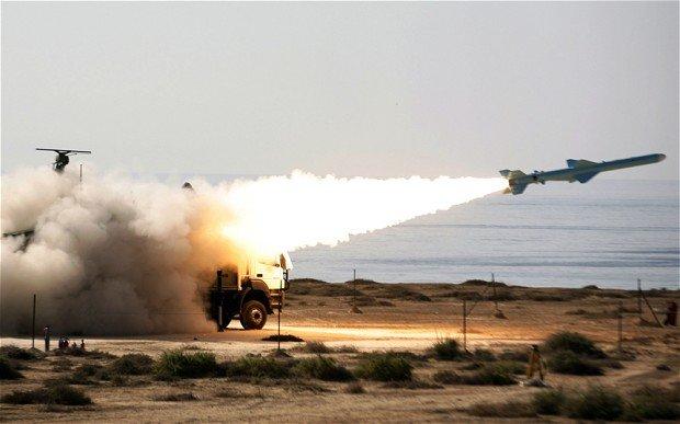 """Iranul a testat o """"nouă armă strategică"""""""