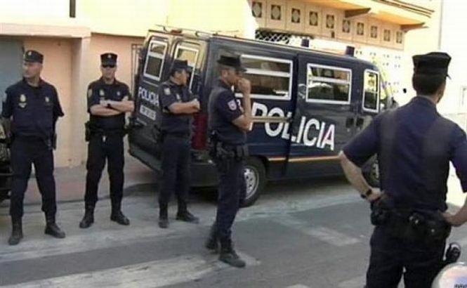 Opt spanioli au fost arestaţi după ce au revenit în ţara natală din estul Ucrainei