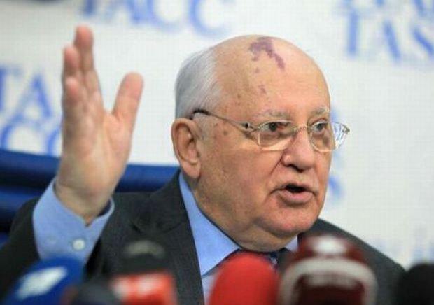 Gorbaciov consideră că asasinarea opozantului Boris Nemțov este o tentativă de a destabiliza Rusia
