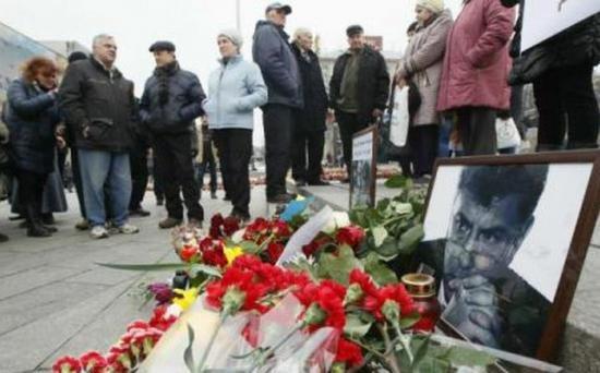 Câteva zeci de mii de persoane au participat la un marş în memoria fostului vicepremier rus Boris Nemţov