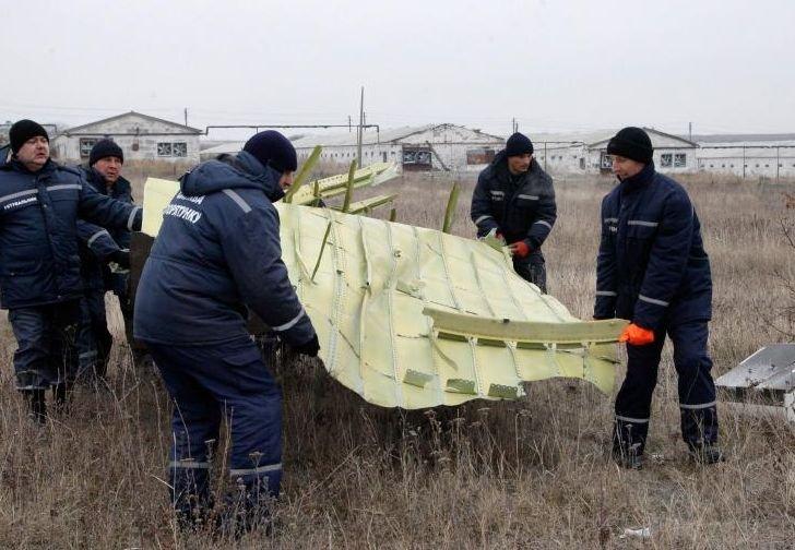 Criminalişti: Zborul MH17, doborât de o rachetă RUSEASCĂ