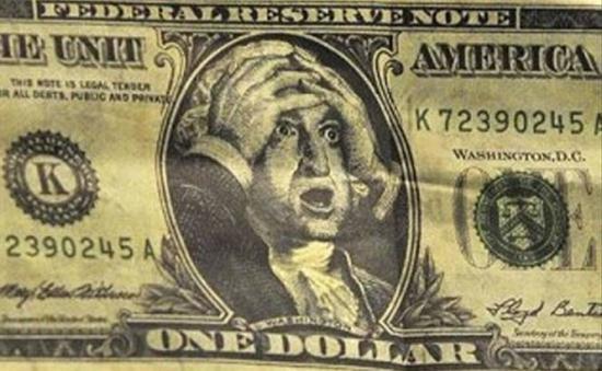Dolarul, la un nou maxim istoric. La cât a ajuns moneda americană