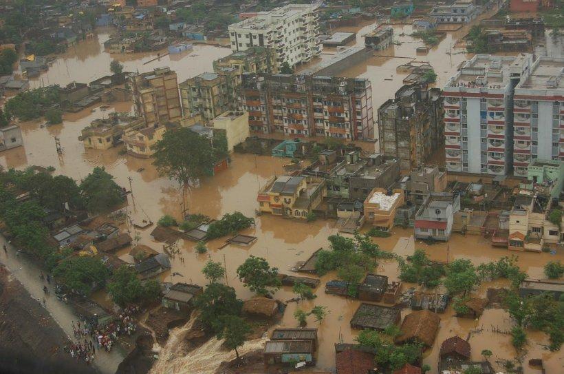 MII de oameni au fost evacuaţi în urma inundaţiilor grave din Brazilia