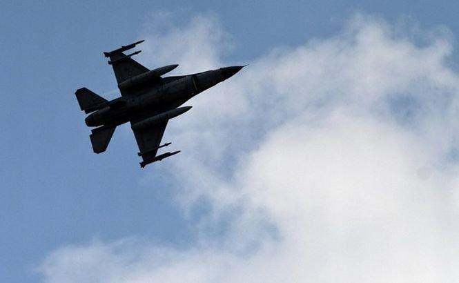 Un avion militar turcesc s-a prăbuşit într-un zbor de antrenament