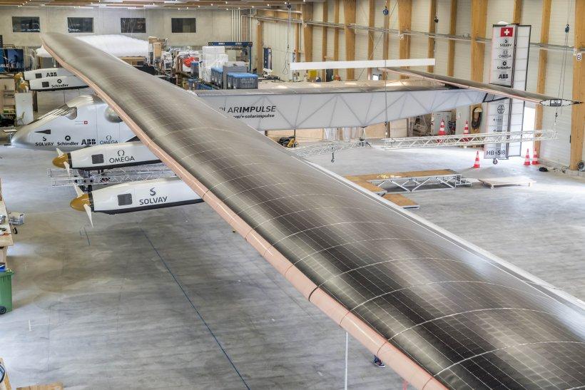 Călătorie fără precedent în jurul lumii. Piloţii aeronavei Solar Impulse vor pleca în misiune